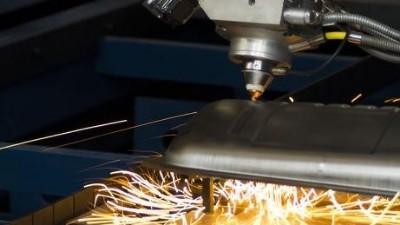 激光切割在碳钢中的问题,执信环保激光烟雾过滤器厂家为企业解析!