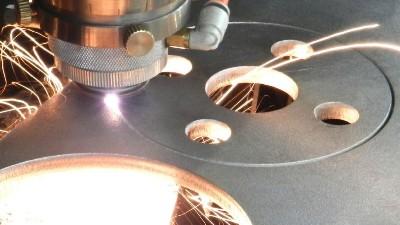 激光切割注意的6个点,执信环保激光切割烟雾过滤器厂家为您解析!