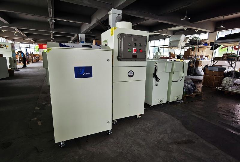 移动式工业集尘器